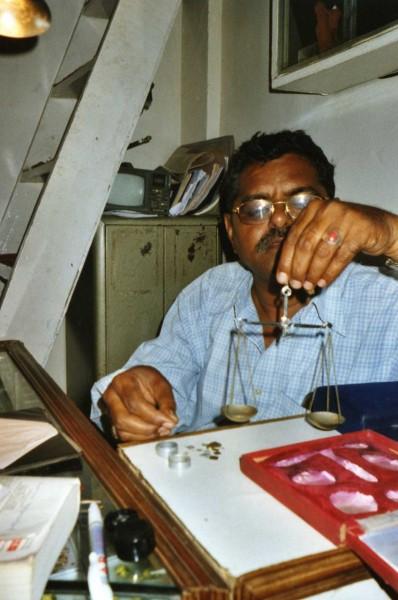 Bijoutier à Jaipur, Inde