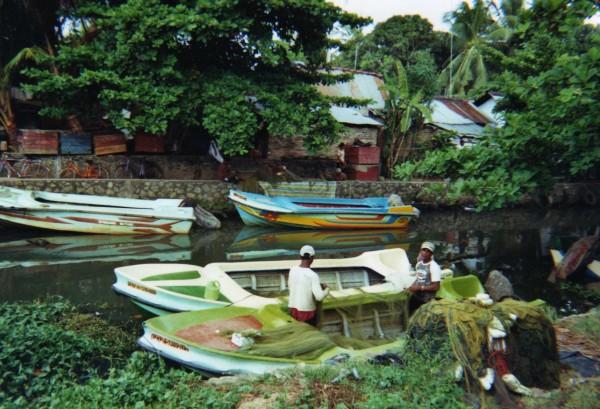Pêcheurs canal de Negombo, Sri Lanka