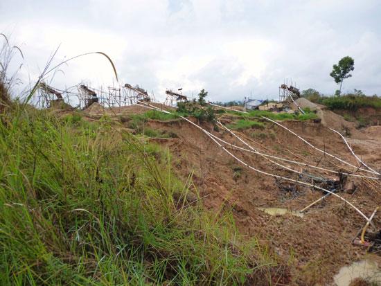 Toboggan dans mine diamant Bornéo
